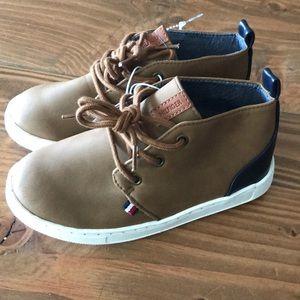 New Tommy Hilfiger Boys Ken Chukka Boot Sneaker